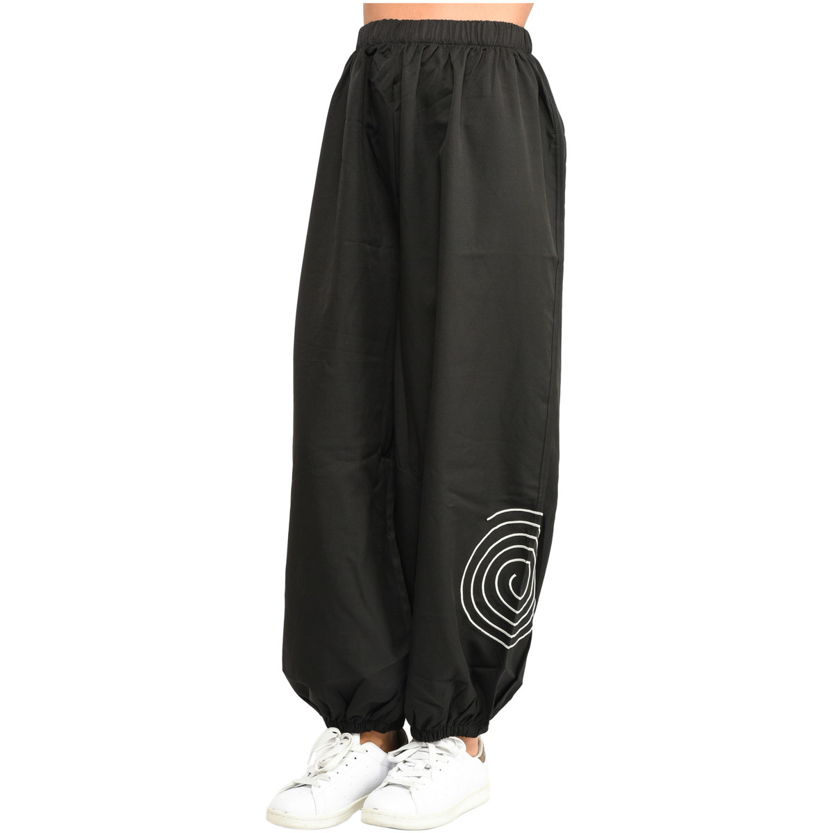 Pomme Rouge Pantalon Pantalon Rouge Pomme Rouge Rouge Pomme Pomme Pantalon Pantalon Pomme Pantalon Rouge Pomme ARL45j